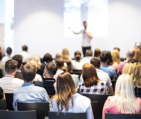 Conférences : atelier formation et conférence sur l'entrepreneuriat à Redon Vannes Rennes Nantes Auray Ploermel - ANTOINE TROUART Cabinet conseil